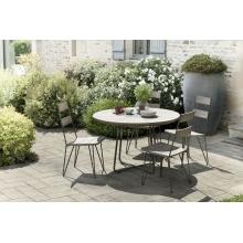 Salon de jardin n°306 comprenant 1 table à manger ronde et 2 lots de 2 chaises scandi bois et métal